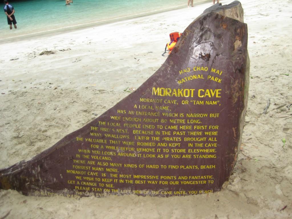 Monumentet i Morakot Cave