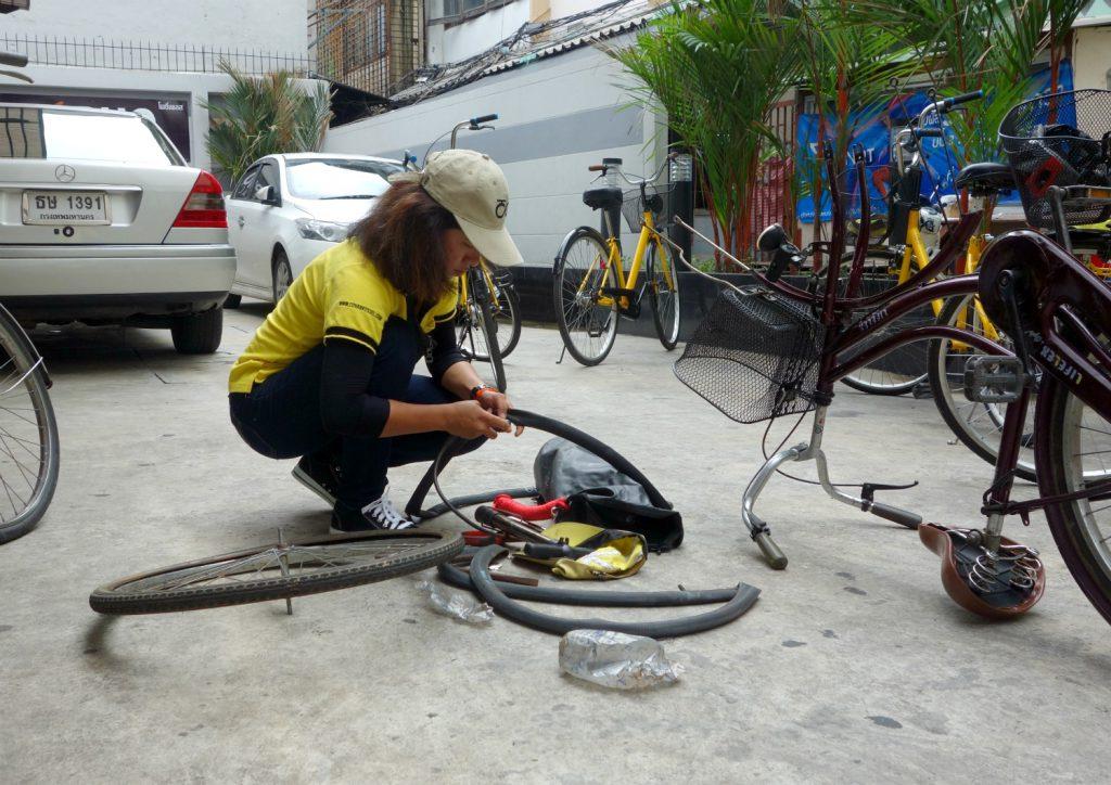 Cykeltur i Bangkok med lapning paa stedet