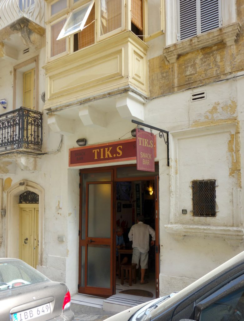 Tik.s Snack Bar i Valletta