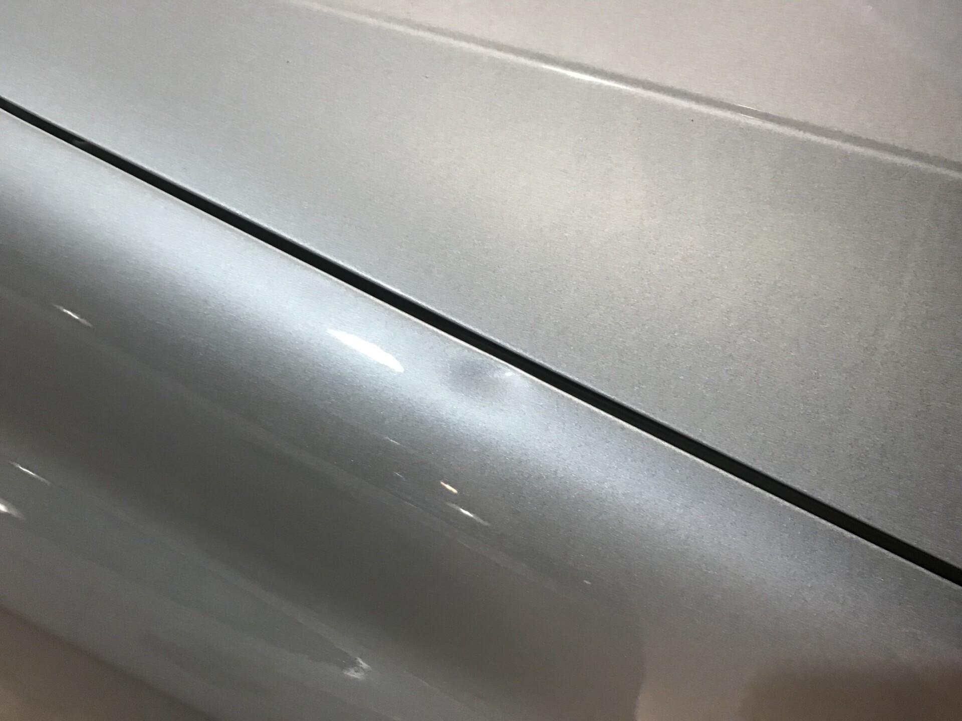 Bilens buler bliver noteret ned