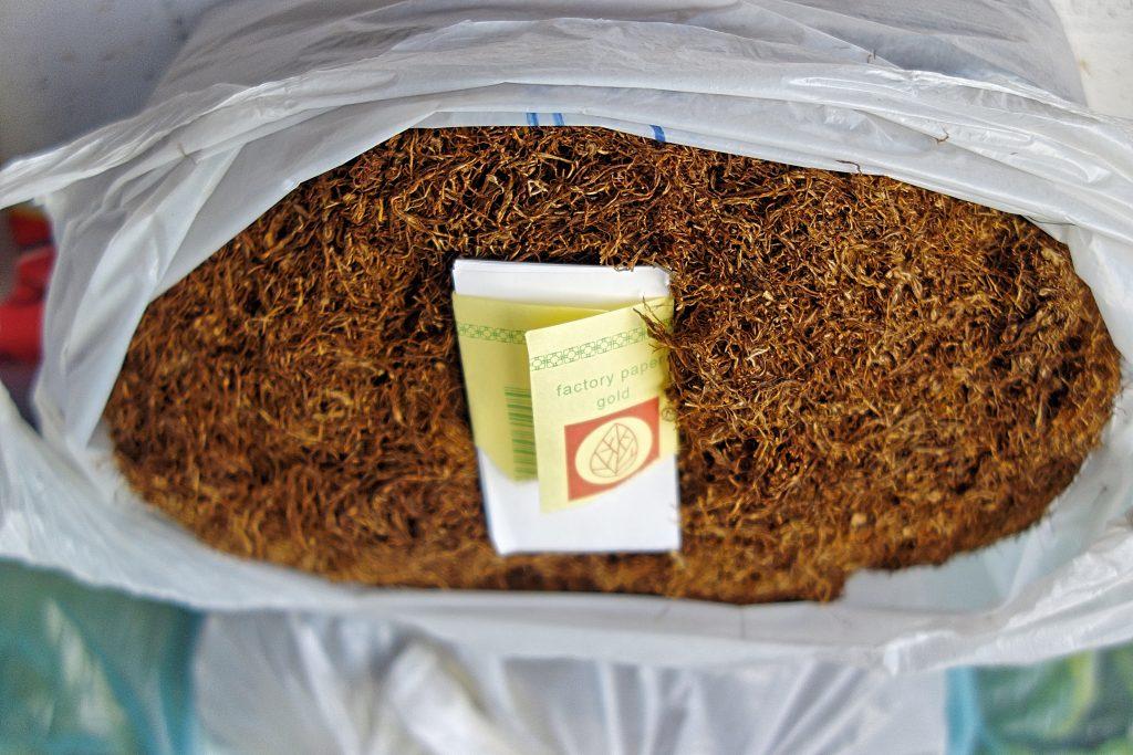 Frisk tobak på markedet i Skopje