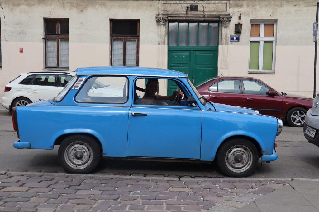 Blå Trabant i Krakow