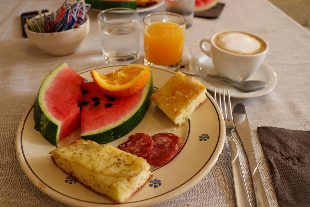 Morgenmad Hotel Sassi