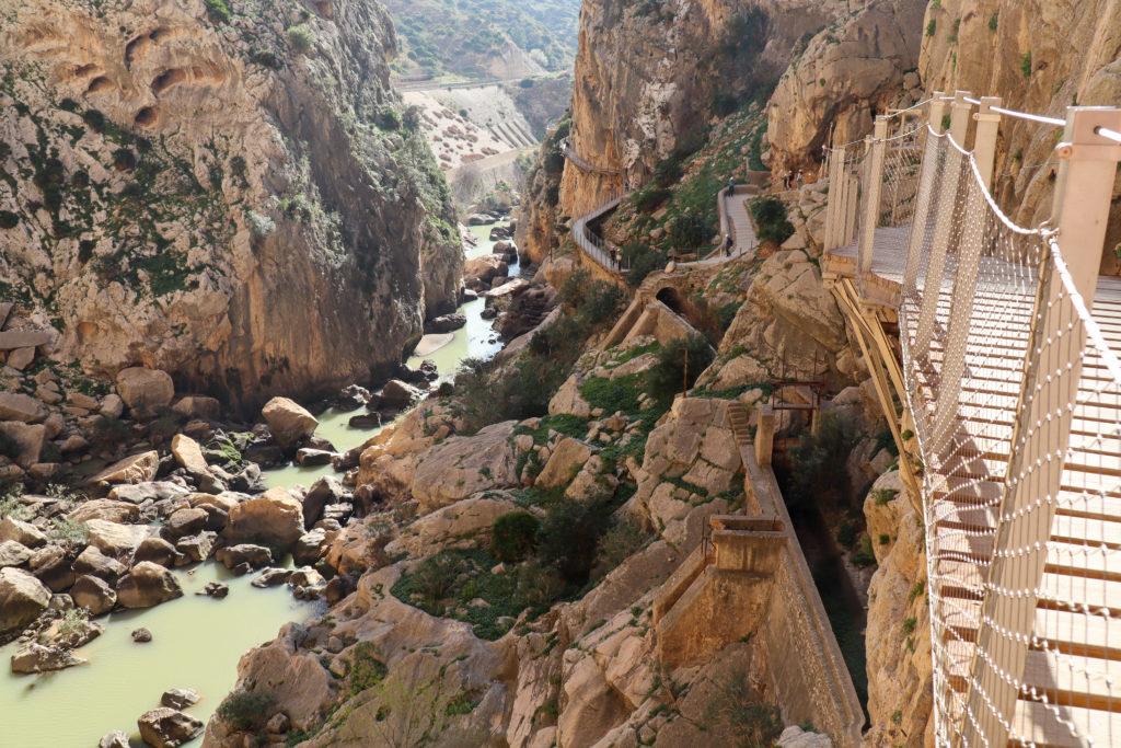 Canyon Las Palomas Cliff
